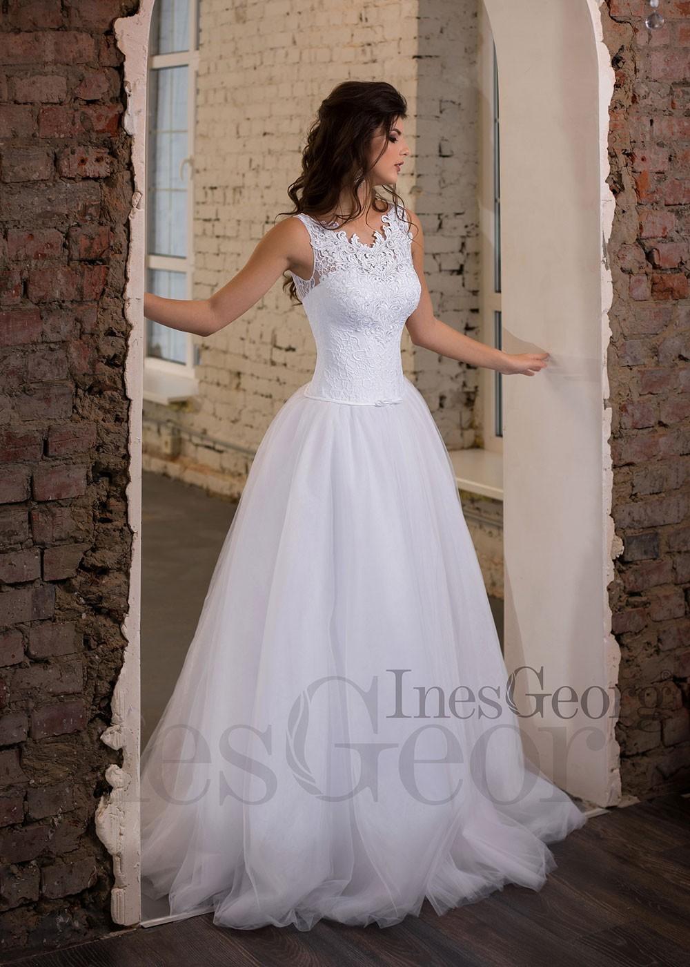 Luxusné čipkované spoločenské šaty SPL1559