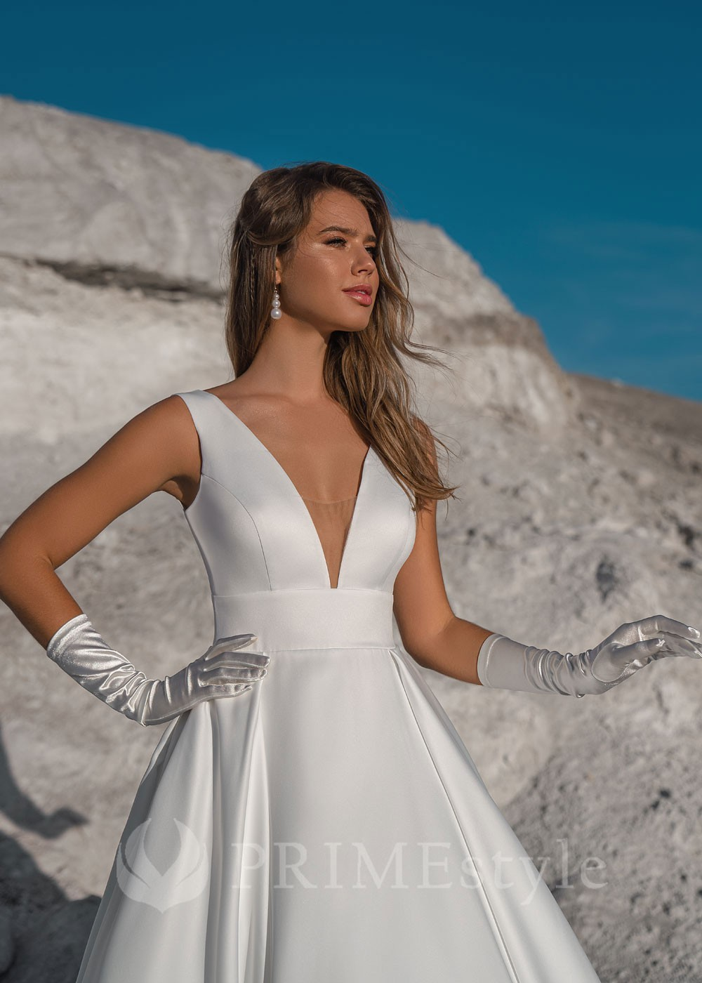 7d06c9612353 Extravagantné svadobné šaty Belissa - lamode.sk