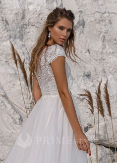 Luxusné čipkované svadobné šaty Daira