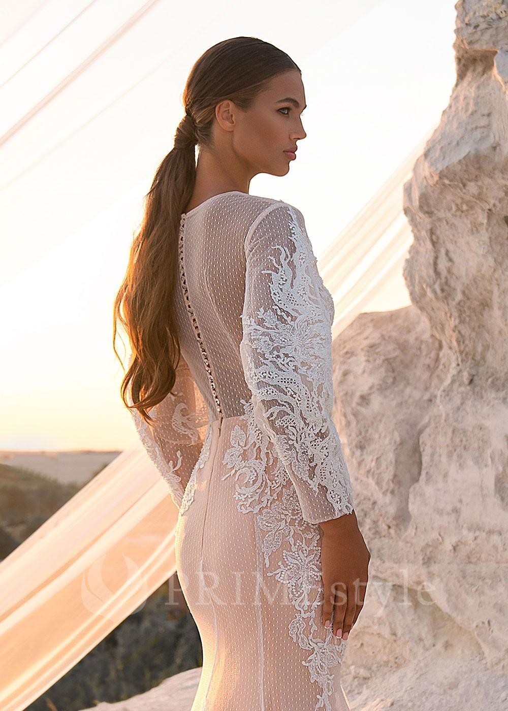 f6ec34e9f577 Luxusné čipkované svadobné šaty Flory - lamode.sk