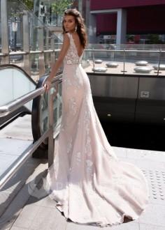 Jednoduché čipkované svadobné šaty Daisy