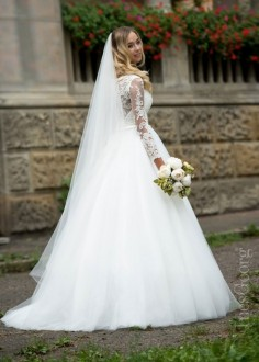 Luxusné čipkované spoločenské šaty SPL1523