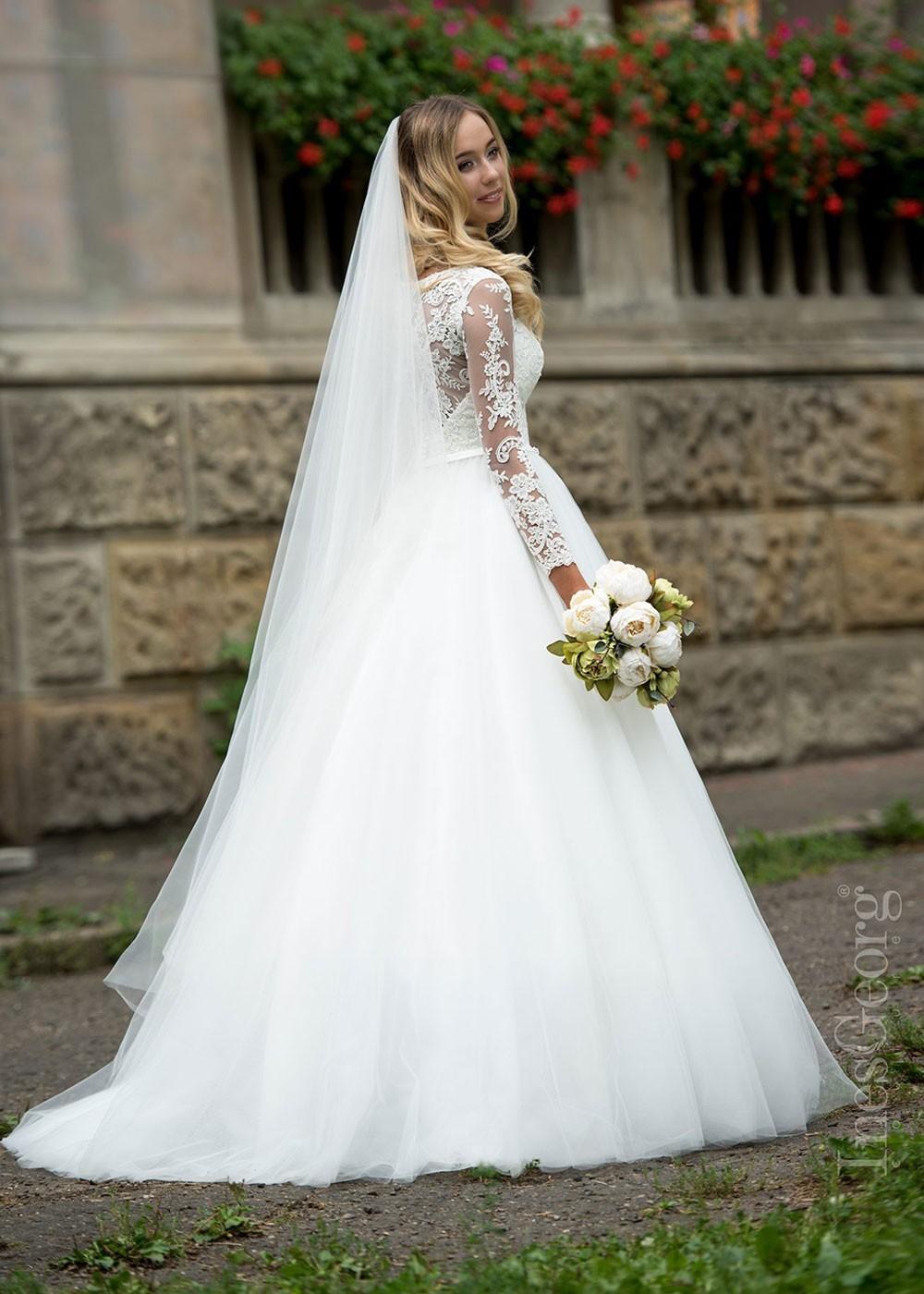 Jednoduché svadobné šaty Tea Rose