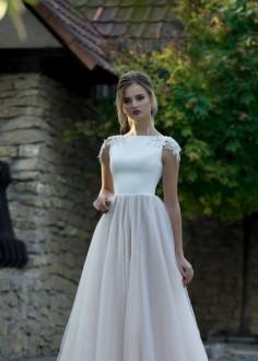 Exkluzívne čipkované spoločenské šaty SPL1545